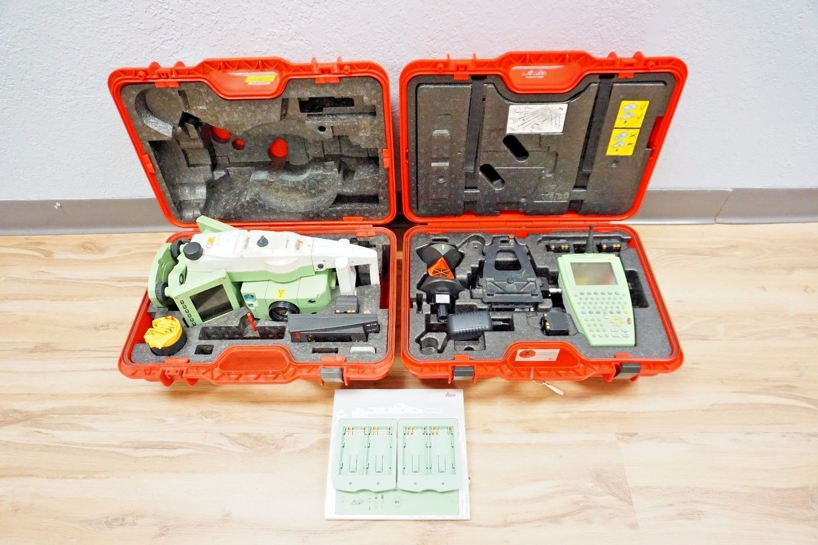 Leica TCRP1203 3″ Sec R300 Reflectorless Robotic Total Station w/ RX1250